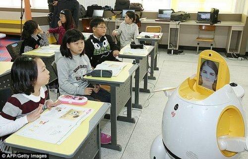 Роботы заменят учителей