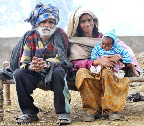 94-летний индус стал старейшим в мире отцом