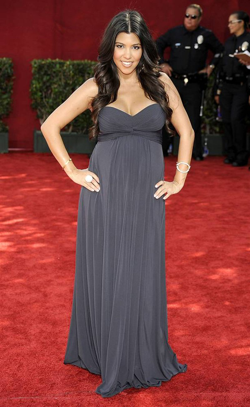 Платья для беременных звезд