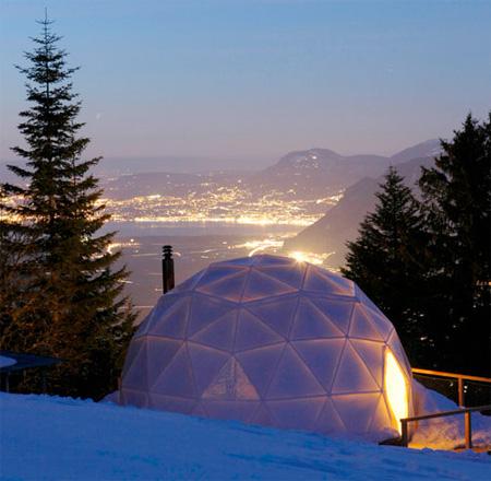 Швейцарский курорт с иглу