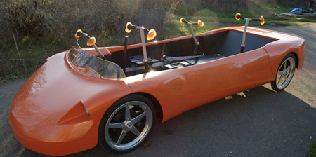 Первый автомобиль на человеческой тяге