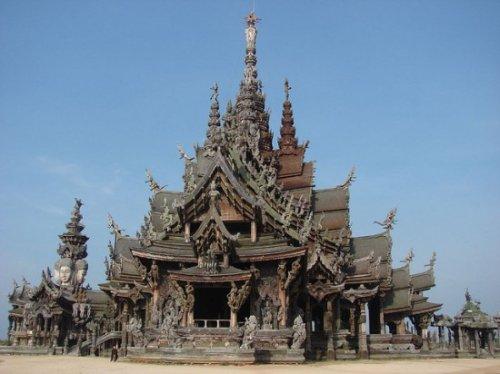 Тайский Храм Правды