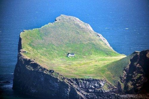 Остров для искателей одиночества