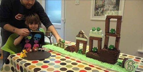 Торт Angry birds в подарок на день рождения