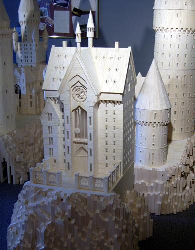 http://www.bugaga.ru/uploads/posts/2011-03/1299089537_hogwarts-3.jpg