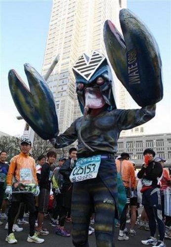 Лучшие костюмы токийского марафона