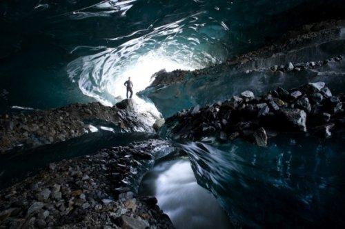 Ледниковые пещеры