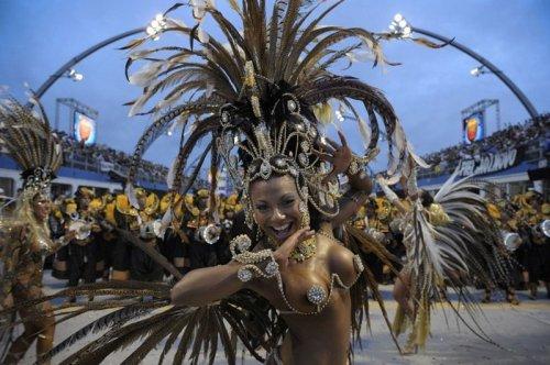 Карнавалы 2011 года