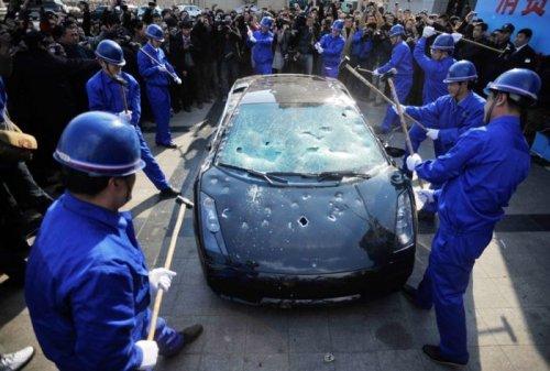Lamborghini must die