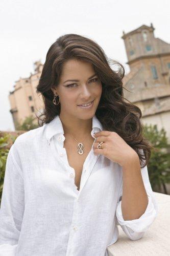 Анна Иванович