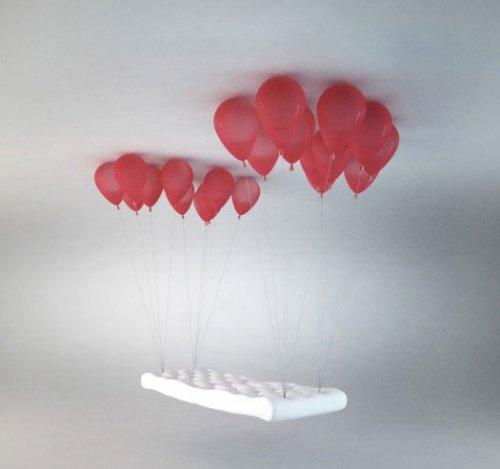 Скамейка на воздушных шариках