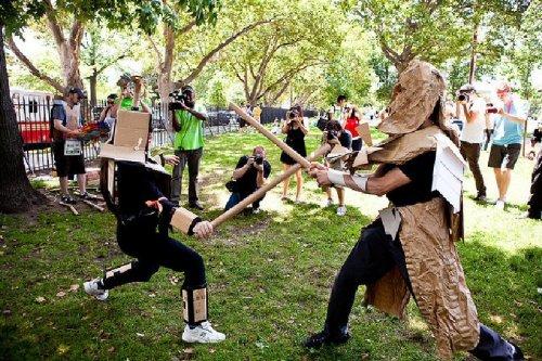 Американская Лига боев на картонных трубах