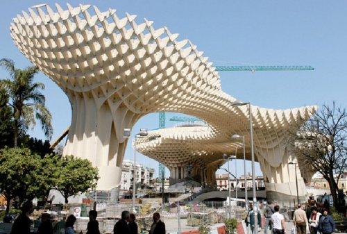 Cооружение из дерева Metropol Parasol