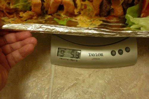 Сэндвич весом 5 кг