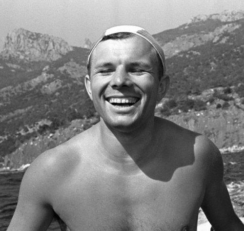12 лучших фотографий Юрия Гагарина