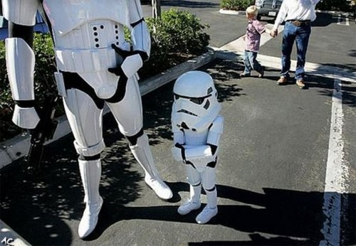 Малыши в костюмах Star Wars