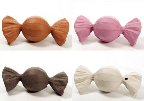 Кожаные подушки-конфеты