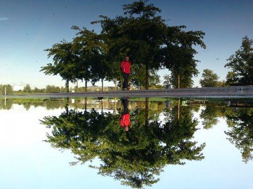 Зеркальные фотографии