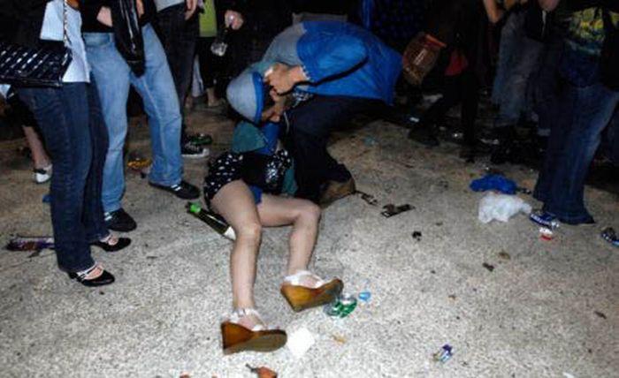 Фото пьяных обоссаных баб 13