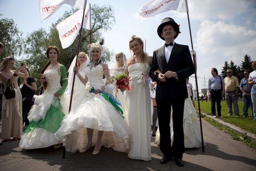 10-й парад невест в Москве