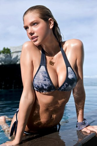 Кейт Аптон для 2011 Sports Illustrated Swimsuit