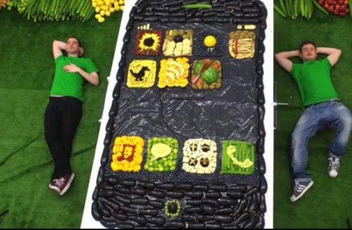 Фруктово-овощной iPhone