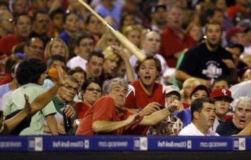 Бейсбол - опасный вид спорта