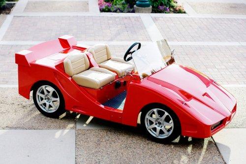 Машины для гольфа в виде спорткаров