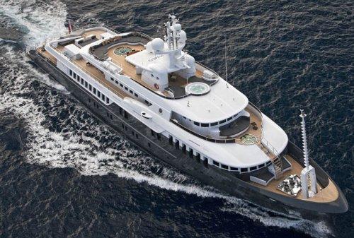 Яхта Дмитрия Медведева