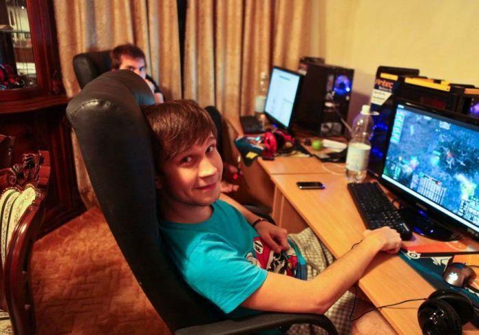 Как живут киберспортсмены из команды Natus Vincere (11...