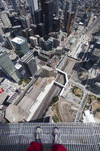 Экстремальный аттракцион в Торонто