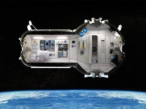 Первый в мире космический отель
