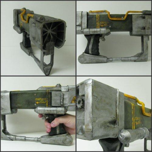 Реалистичное оружие из бумаги