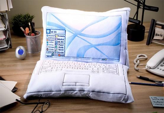 Компьютерная подушка своими руками