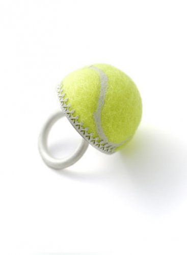 Креативные вещи из теннисных мячей