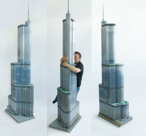 Небоскреб из LEGO
