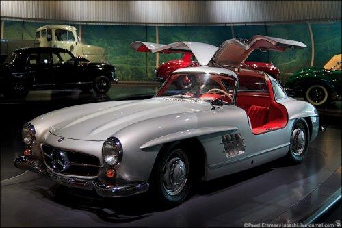 ����� Mercedes-Benz