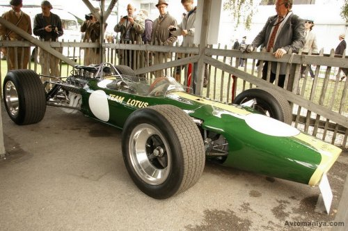 Британский ретро-фестиваль Goodwood Revival 2011