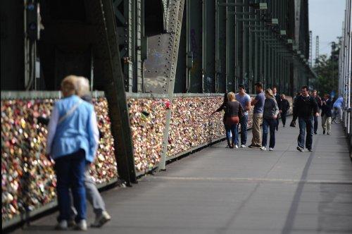 Hohenzollernbruecke Bridge – мост любви