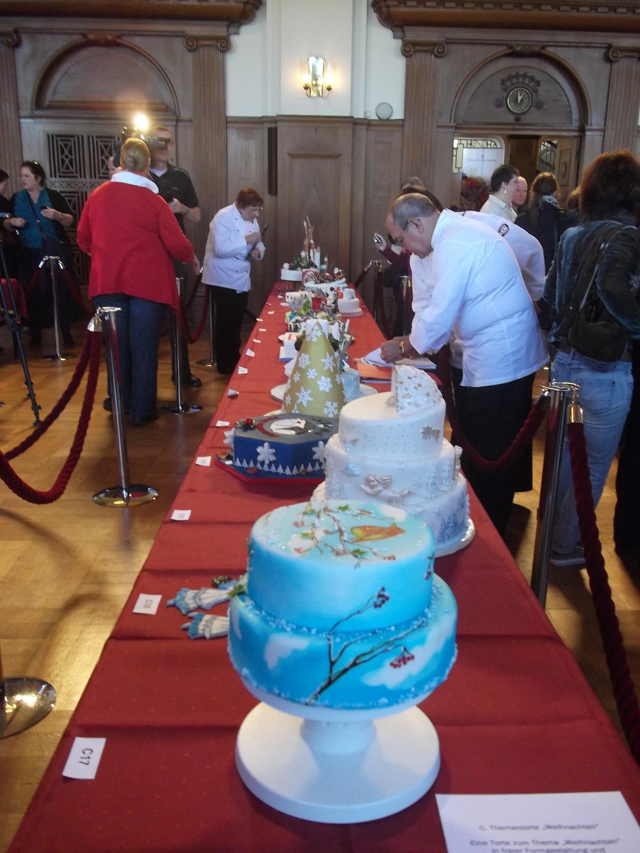 технологии производства торты для соревнований и выставок фото мультиварке