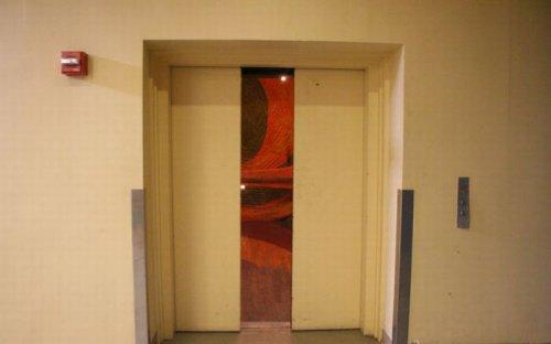 Необычный лифт в Нью-Йорке
