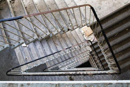Удивительные фотографии лестниц
