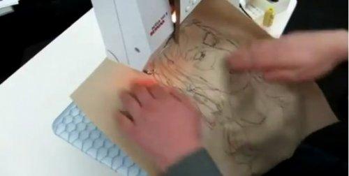 Портрет, написанный швейной машинкой