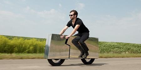Зеркальный мотоцикл от Джои Рута