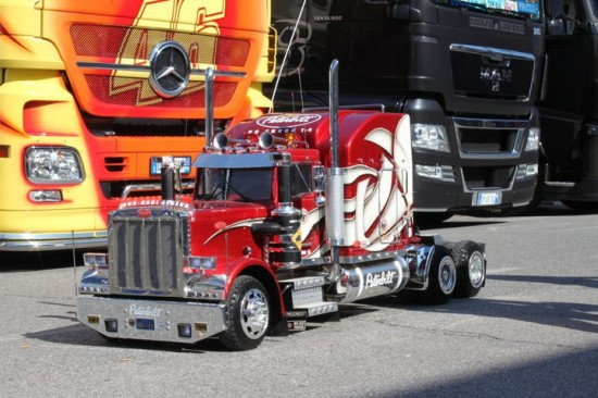 Радиоуправляемые грузовики своими руками
