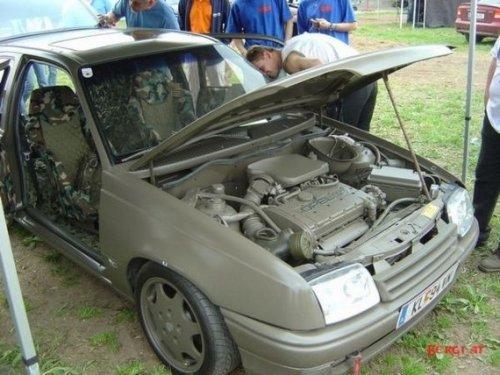 Opel в армейском стиле