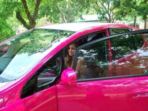 Автомобиль-мечта блондинки