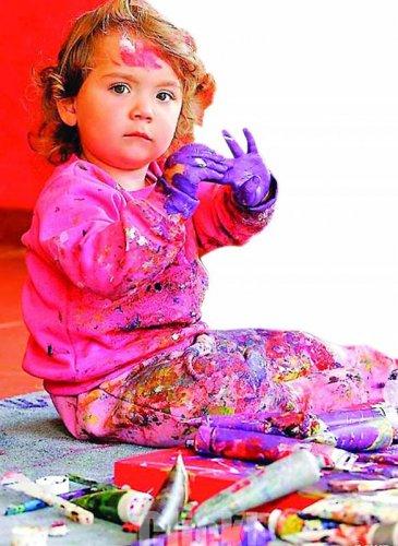 Аэлита Андре - самый молодой художник в мире