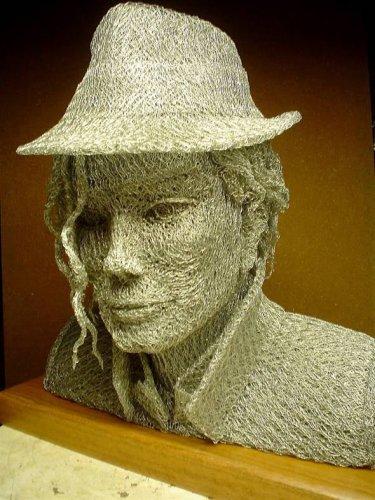 Скульптуры из проволочной сетки