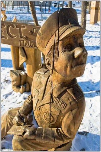 Сказочные деревянные фигурки